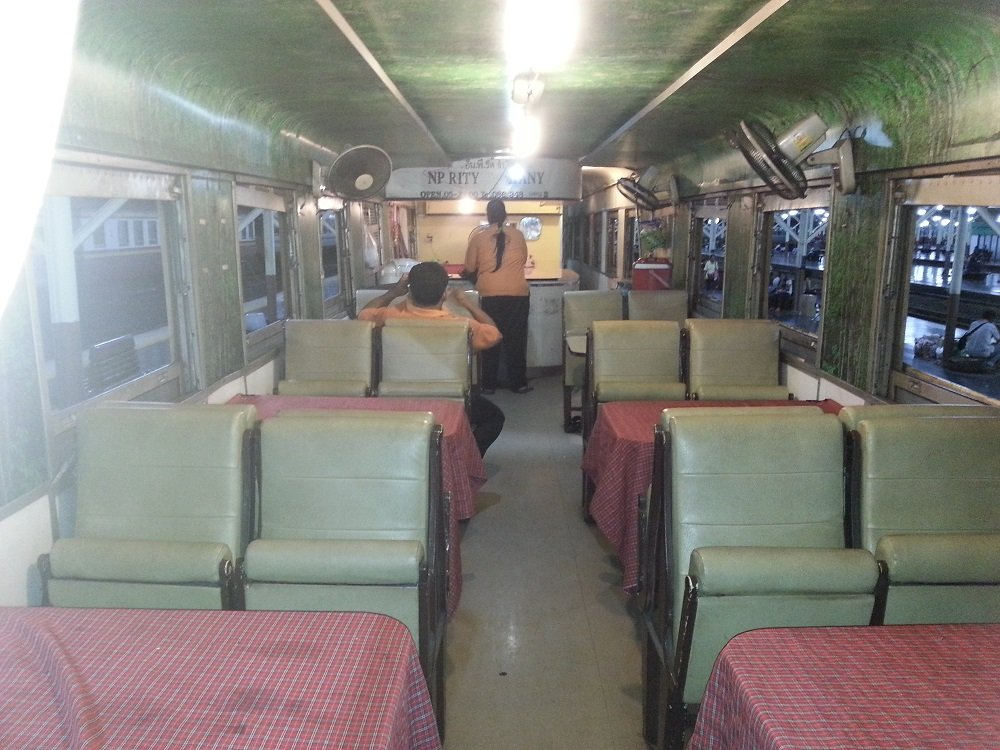 Restaurant Car on the 22.00 train to Chiang Mai